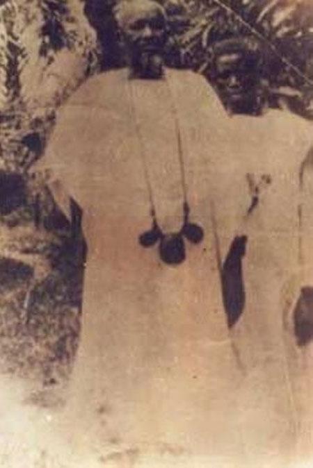 Photo mame cheikh anta mback DAROU SALAM CLBRE SON HROS Mame Cheikh Anta
